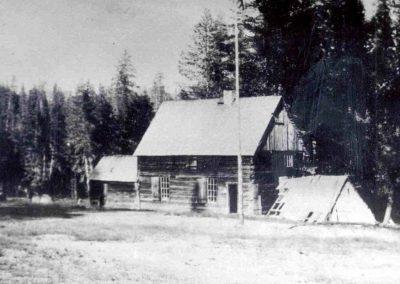 Icehouse Ranger Station circa 1910